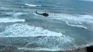 ВЕРТОЛЕТ НАД ПЛЯЖЕМ КРИТА(вертолет над пляжем в РЕТИМНО., 2012-02-01T17:30:07.000Z)