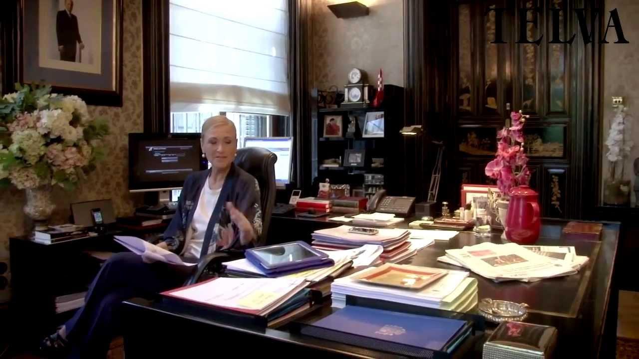 En el despacho de cristina cifuentes telva youtube - Despacho en el salon ...