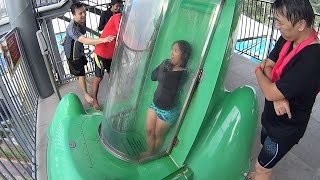The Goop Loop Slide at Cartoon Network Amazone Waterpark thumbnail