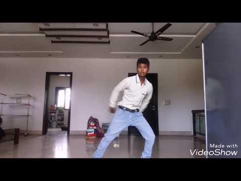 Raju Punjabi New Kudi Kehndi Milo Na Song