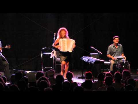 Ein Video von:Lydie Auvray und die Auvrettes