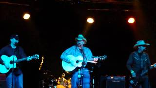 Travis Truitt & Friends in Berlin -- Write This Down (George Strait cover)