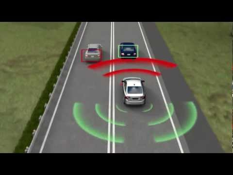 Volvo to build 'crashproof' car by 2020