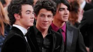 Jonas Brothers-six Minutes  With Lyrics  From 'it`s About Time'