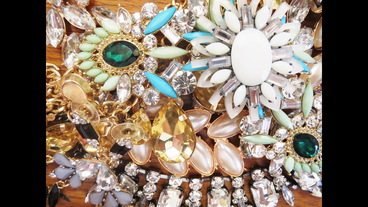 things is trinkets inexpensive all of sorts stock photo causeway jewellery wonderland jewelry and a mumbai colaba
