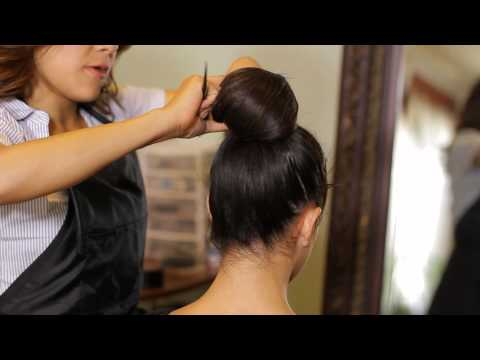 How to Put Your Hair in a Ball : Tress to Impress