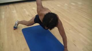 Alex Dominguez Show: muscular development through push-ups