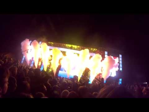 The Chainsmokers Live @ SNOWGLOBE 2016