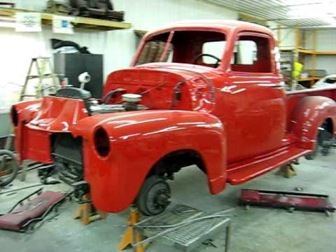 custom paint work 1946 chevy pick up cool vanilla paint 1950 chevy pick up viper red youtube. Black Bedroom Furniture Sets. Home Design Ideas