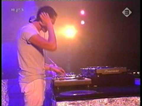 DJ Tiesto - Live At Pinkpop 2004