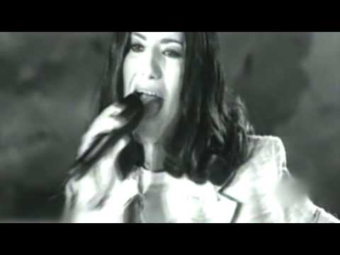 Laura Pausini - Se fue (Video Original)