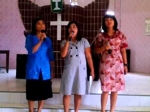 Lagu Rohani Nias - Datasuno Lowalangida