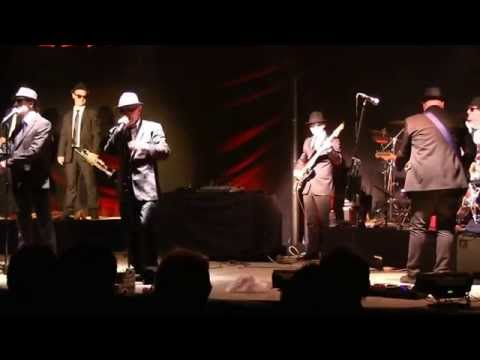 Breteuil-sur-Iton le 24 10 2015 - The Blues Brothers by The Eight Killers