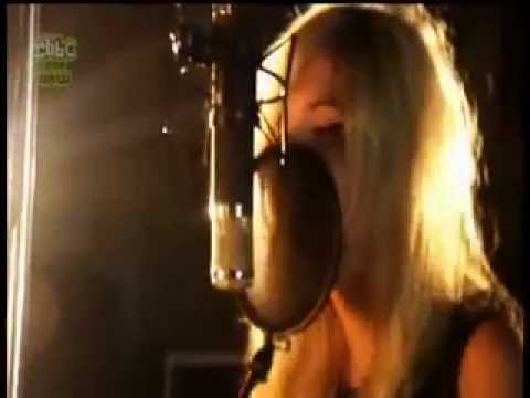 Nina Nesbitt exclusive perfomance at Sticky Studios with Jake Gosling for Blue Peter 01.10.12