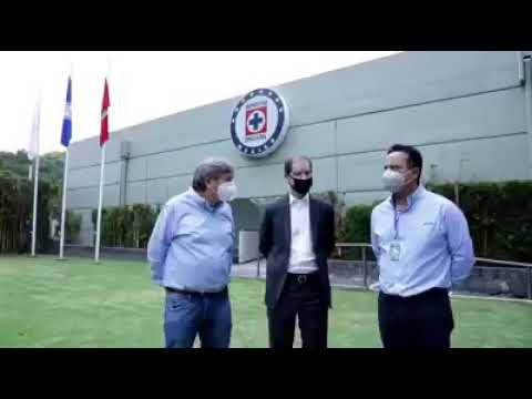 Jaime Ordiales recibe apoyo de José Marín y Victor Velásquez (Disidentes ) Crédito Carlos Cordova