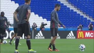 Belgium training at the Stade de Lyon - 12.06