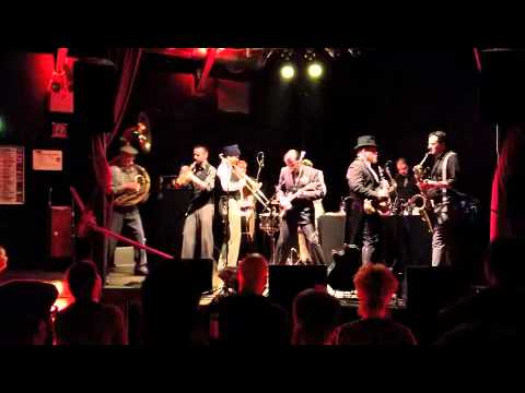 mardi gras bb - still in love with Montreal - live backstage club München 2013