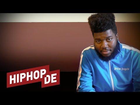 """Khalid: Travis Scott, Kendrick Lamar, Deutschland, Grammys & """"Location""""  (Interview) – US+A"""