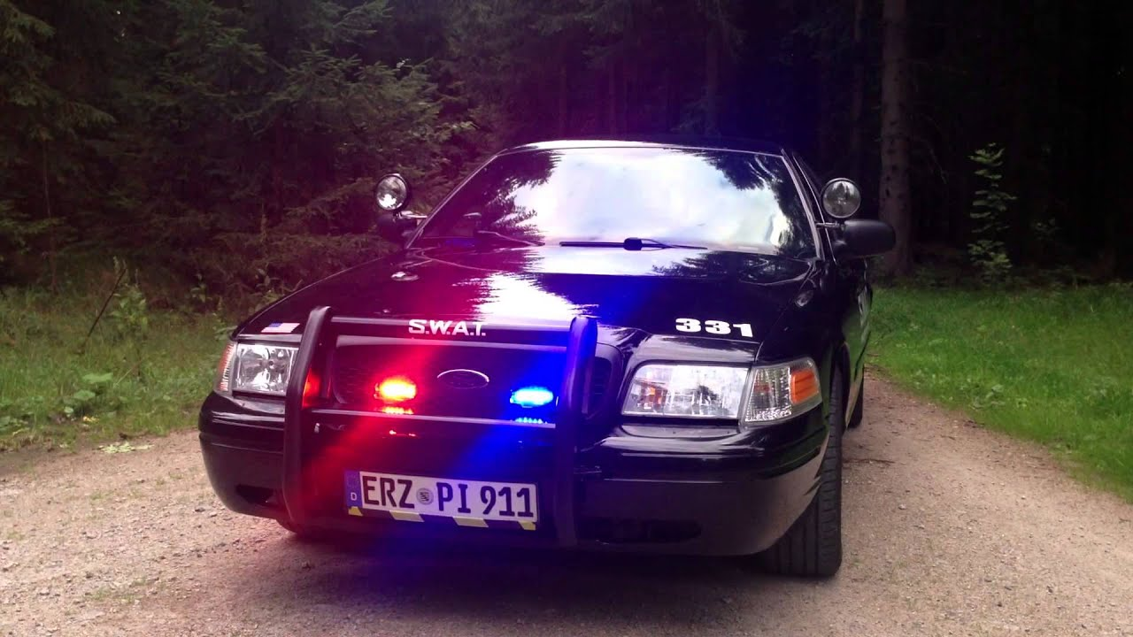 Police Car Lights >> Ford Crown Victoria Police Car SWAT P71 - YouTube