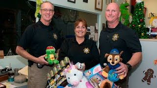 The Sheriff's Toy Project: Giving Back