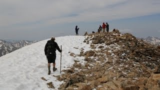 Climbing Mt Elbert