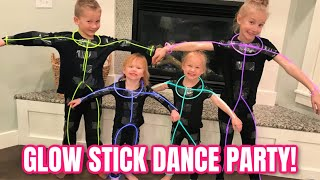 CRAZY GLOW IN THE DARK DANCE PARTY!!!! 👯