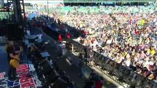 Jamey Johnson - This Land Is Your Land by Woody Guthrie (Live at Farm Aid 30)