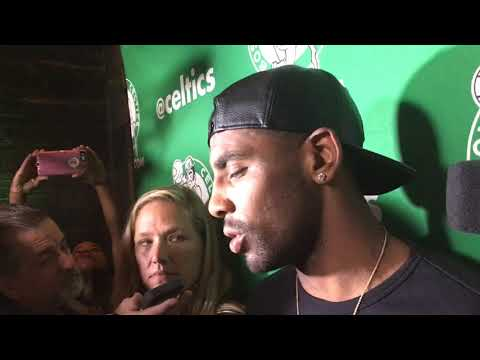 Kyrie Irving says Bostonians helped him with damaged car | Boston Celtics