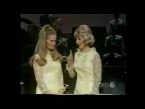 Lynn Anderson & Liz Anderson - Mother May I (1968)