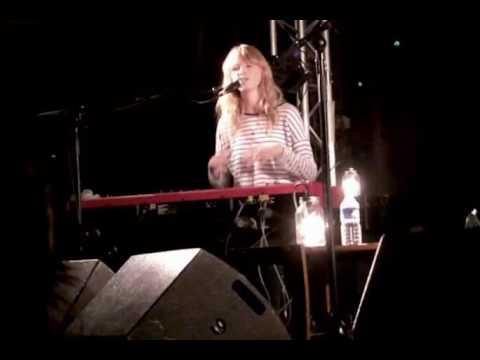 Lucy Rose - Moirai (Live @ La Boule Noire in Paris 23/09/2016)