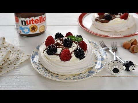 Mini pavlova cu Nutella si fructe (CC Eng Sub)   JamilaCuisine