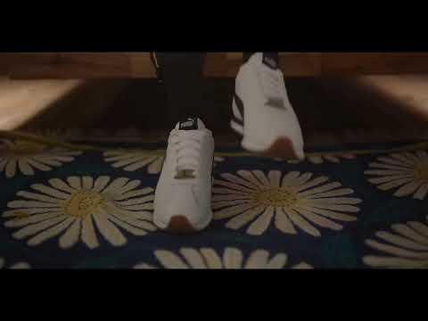 BTS 防弾少年団 (방탄소년단) 'LET GO' MV
