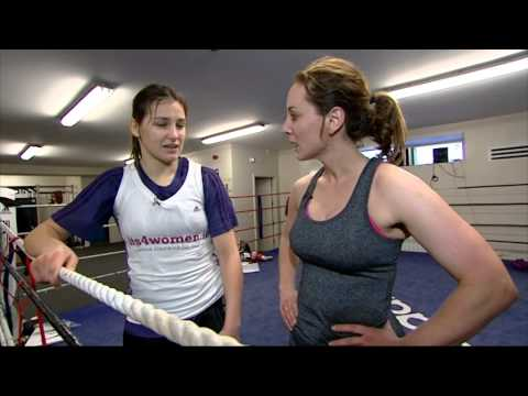 Sinead Desmond trains with Olympic Gold Medalist Katie Taylor   Ireland AM