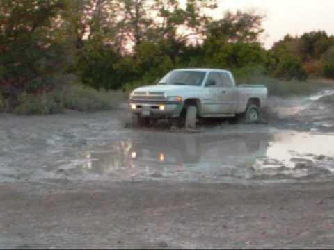 2001 dodge ram 1500 off road edition mudding youtube - Dodge Ram 1500 Lifted Mudding