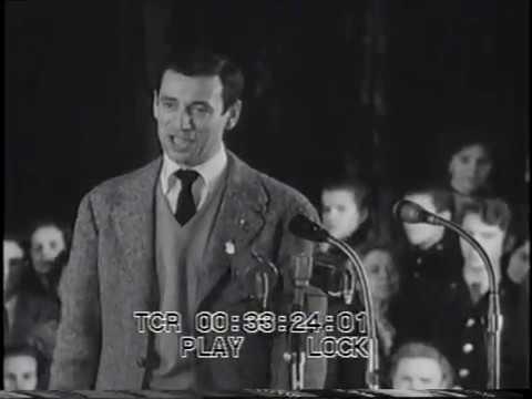 Yves Montand - Le gamin de Paris - 1956