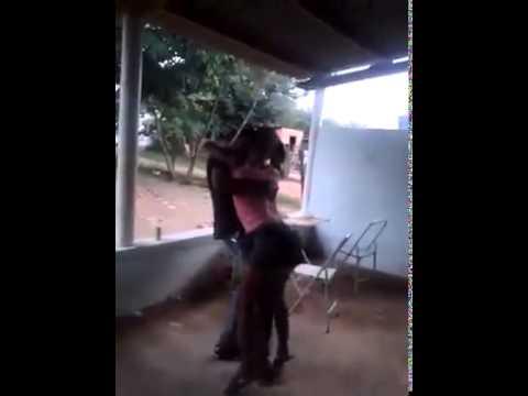 Kizomba seksi timor