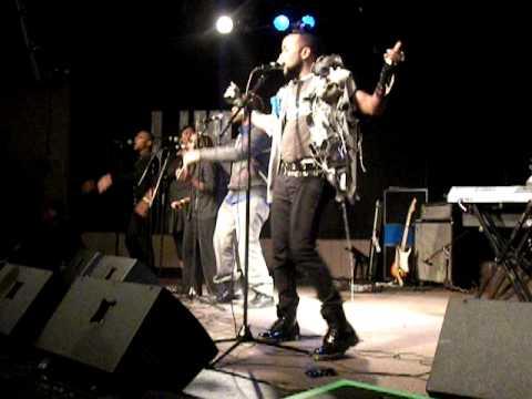 B. Slade - Alive
