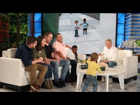 Sisanie - Ellen Degeneres Got The Viral Hugging Toddlers On Her Show