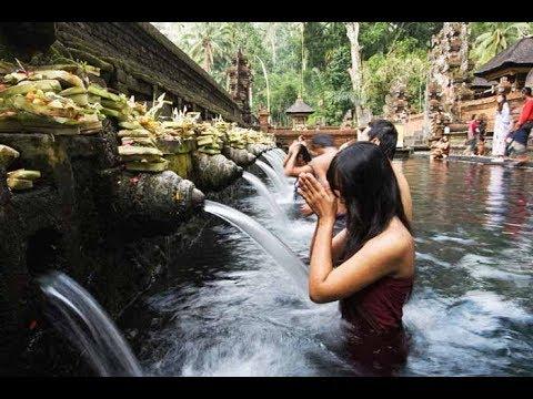 garam-#49.-tirta-empul/holy-water-and-blessing...