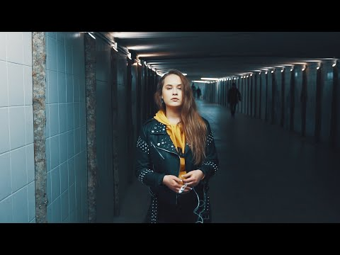 xtra basic & Emily J - Hold Me Close (Official Lyric Video) [EESTI LAUL 2019]