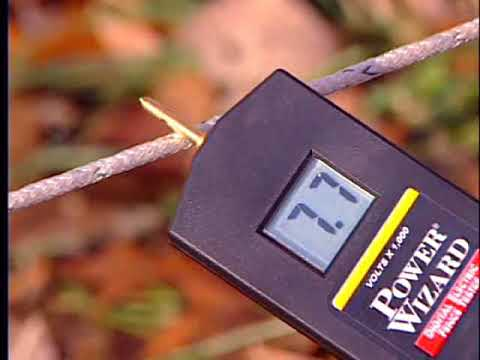 Electric Fence with a digital voltmeter