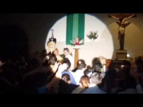 St. James P. Pedro Nuñez (Adoración al Santísimo)