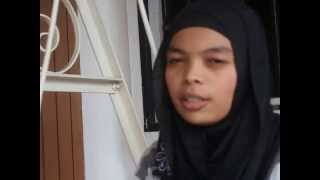 Malay girl singing tamil song (Poo Nee Poo-Moonu)