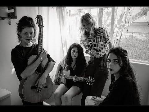 Hinds - Interview