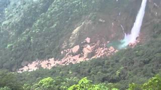 7 sister falls (Cherrapunji in india).MOV