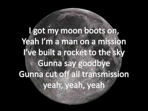 The Script - Moon Boots Lyrics