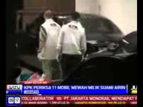 ferrari lamborghini roll roys bentley nisan gtr parking in jakarta indonesia
