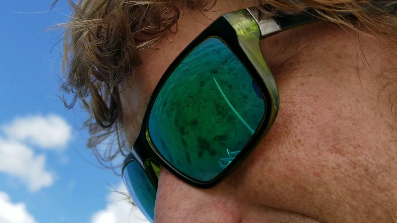 Ep  44, Sailing to Key Largo & Skinny Dipping! 🙈