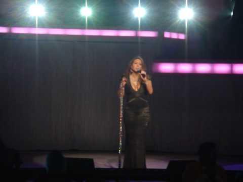 "Mariah Carey ""Hero"" LIVE  the Gibson Los Angeles 2/24/2010"