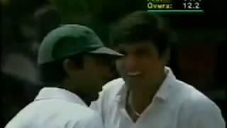 vuclip Afridi ne South Africa ke bowlers ko roola diya (37 ball 100 runs)